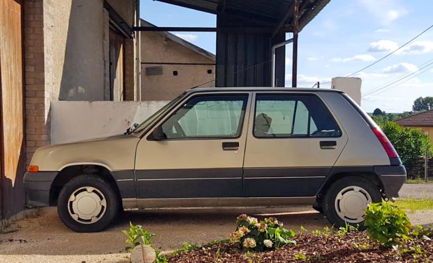 L'Orchidée Sauvage Chambre d'Hôtes Renault 5